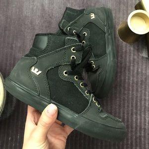 Supra Black boots, size 13 kids